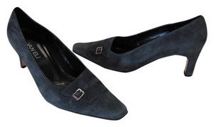 Vaneli Good Condition Size 7.50 Medium Gray Pumps