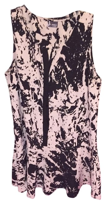 Preload https://item4.tradesy.com/images/sparkle-and-fade-dress-5251603-0-0.jpg?width=400&height=650