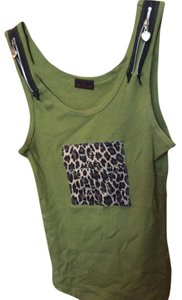 Designers Originals Print Rhinestone Zippers Top Green with leopard