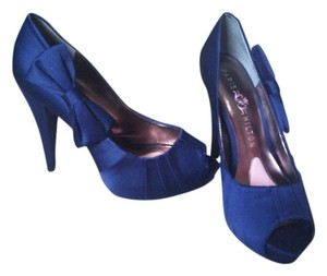 Paris Hilton Royal Blue Pumps