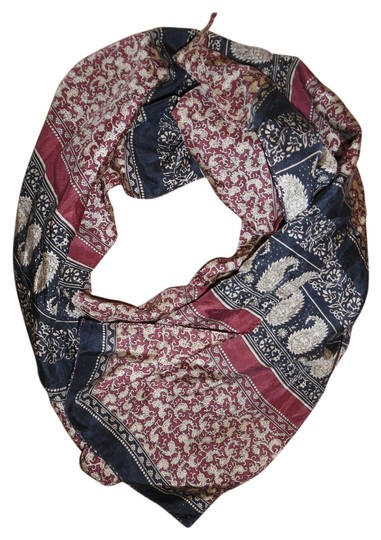 Preload https://item5.tradesy.com/images/unknown-paisley-striped-silk-scarf-5253409-0-0.jpg?width=440&height=440
