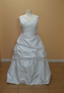 DaVinci Bridal T8168 White/white Size 28 Wedding Dress