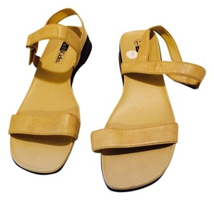 soft kicks Light Tan Sandals