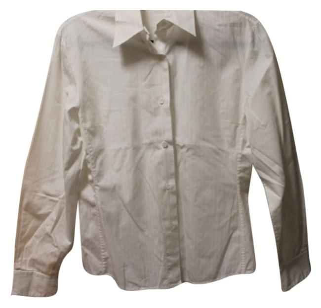 Preload https://item5.tradesy.com/images/button-down-top-size-8-m-5257354-0-0.jpg?width=400&height=650