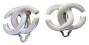 Chanel *On Hold For Miriam* - Chanel CC Logo Clip On Earrings