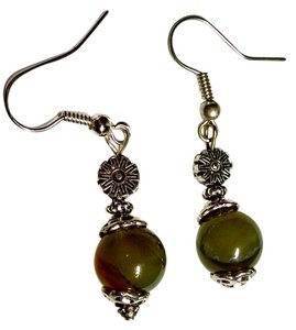 Other New Green Agate Gemstone Flower Earrings J1153