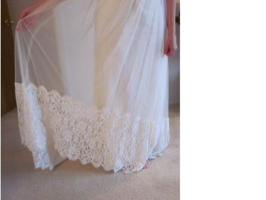 Claire Pettibone Ivory Soft Cotton Voile Lush Silk Charmeuse and Fine Italian Tulle Accented with English Lace. Queen Anne's Feminine Wedding Dress Size 6 (S)