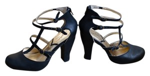 Seychelles Vintage Black Pumps