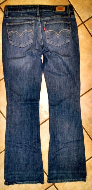 Levi's 518 Size 7 Size 8 Low Rise Wash P1597 Boot Cut Jeans-Medium Wash
