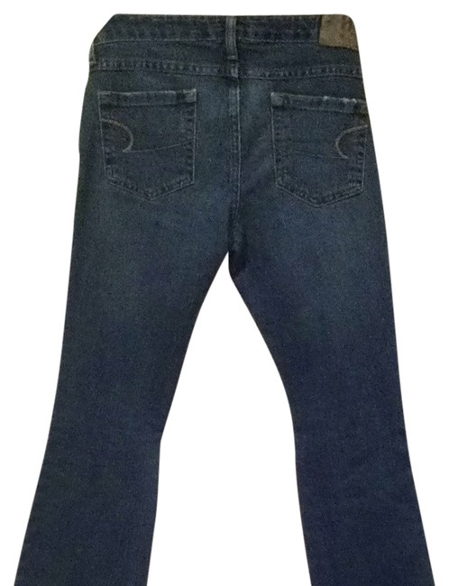 Preload https://item2.tradesy.com/images/american-eagle-outfitters-blue-medium-wash-stretch-skinny-2-petite-flare-leg-jeans-size-26-2-xs-526091-0-1.jpg?width=400&height=650