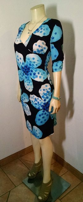 Avitar Size Medium Teal Floral Below Knee P1600 Dress