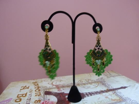 Other Green Macrame and Antique Gold Pendant Earrings