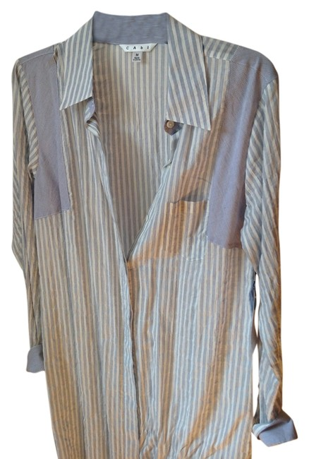 Item - Blue and White Pucker Stripe Shirt Button-down Top Size 8 (M)