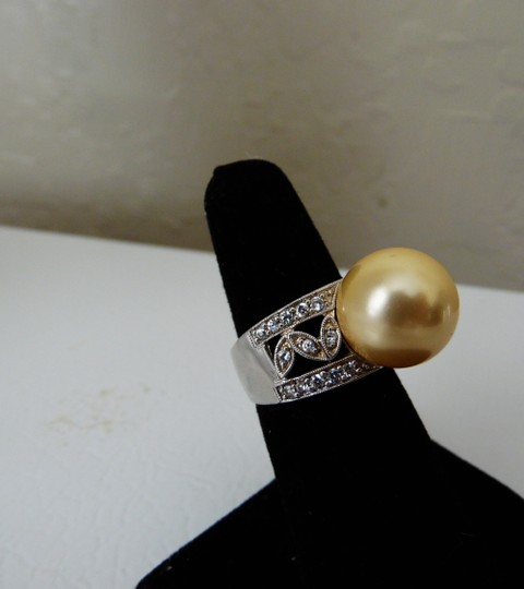 Pearlfection Pearlfection .925 Golden South Sea Faux Pearl Ring
