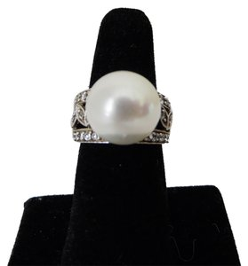 Pearlfection Pearlfection Faux White South Sea Pearl Ring size 7