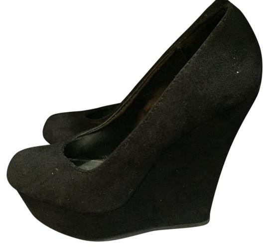Brash Black Wedges
