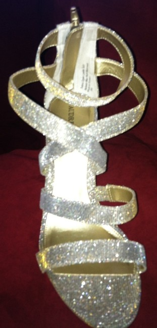 Item - Silver Sparkle On Your Special Day Formal Size US 8.5