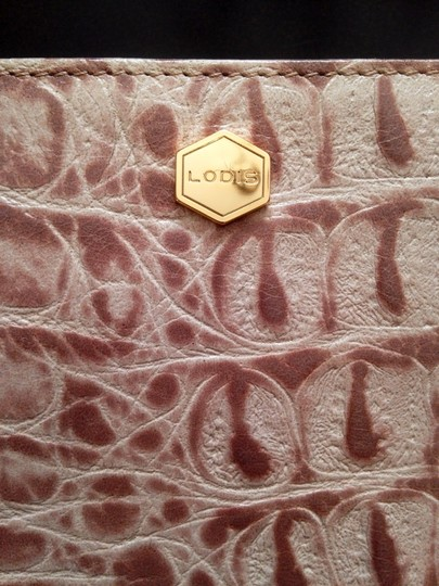 Lodis Crocodile Leather Faux Patent Classic Party Gold Structured Animal Print taupe Clutch