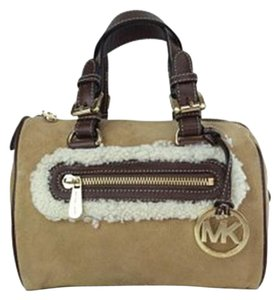 MICHAEL Michael Kors Benbrooke Walnut Shearling Brown Leather Suede Satchel in Walnut Brown