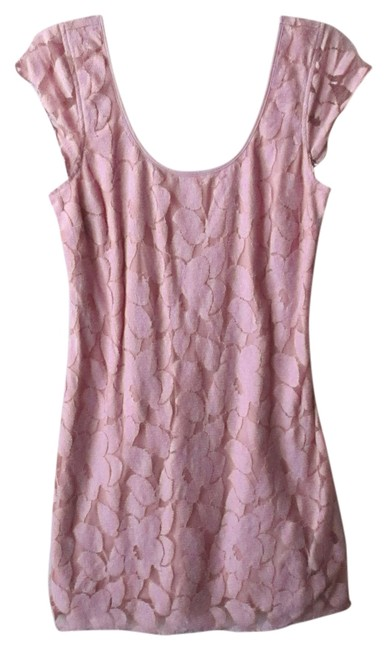 Preload https://item3.tradesy.com/images/american-eagle-outfitters-pink-floral-lace-bodycon-short-casual-dress-size-8-m-526537-0-0.jpg?width=400&height=650