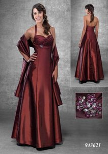 Venus Bridal Iridescent Purple Bella Maids 943621 Dress
