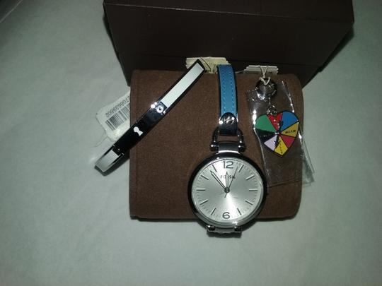Preload https://item4.tradesy.com/images/fossil-w-3-bonuses-setbracelet-heart-wheel-charm-stainless-steel-and-leather-watch-526698-0-5.jpg?width=440&height=440