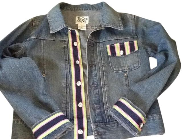 Preload https://item2.tradesy.com/images/blue-pink-white-ribbon-and-crystal-button-details-denim-jacket-size-4-s-5267041-0-1.jpg?width=400&height=650