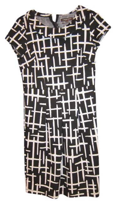 Preload https://item5.tradesy.com/images/adrienne-vittadini-blackwhite-unknow-knee-length-workoffice-dress-size-4-s-526804-0-0.jpg?width=400&height=650
