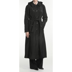d8d1d0949 London Fog Black Professionally Cleaned Coat Size 6 (S) 66% off retail