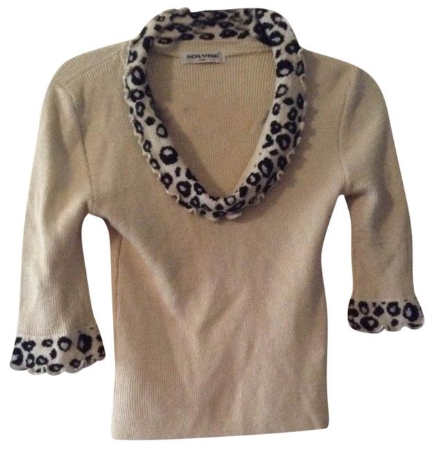 Preload https://item5.tradesy.com/images/light-tan-and-black-metallic-paris-sweaterpullover-size-4-s-526914-0-0.jpg?width=400&height=650