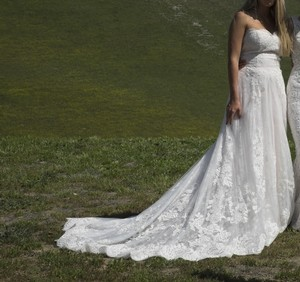 Lace Overlay Slim Aline Sweetheart Sz 6/8 Wedding Dress