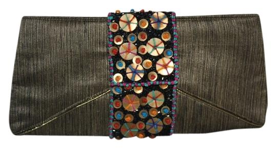 Preload https://img-static.tradesy.com/item/527144/bamboo-trading-company-abstract-metallic-and-multi-unsure-material-is-fabric-clutch-0-0-540-540.jpg