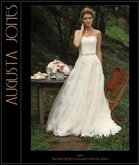 Augusta Jones Cream Alencon Lace Juno Feminine Wedding Dress Size 2 (XS)