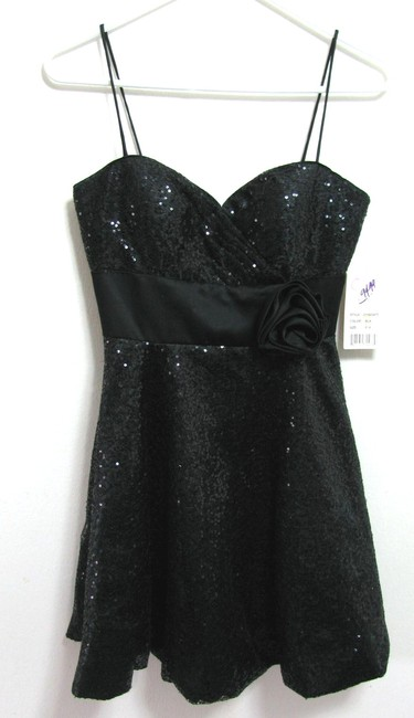 Hailey Logan New Sequin Embellished Party Prom Size 5 6 Junior Women Girls With Tag Flower Accent Wait Strap Dress