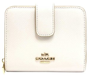 Coach Coach Crossgrain Medium Zip Around Leather Wallet in Chalk