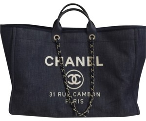 8e561cace9d4 Chanel Tote Bags on Sale - Up to 70% off at Tradesy