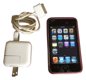 Apple Used Apple iPod Touch Black (8 GB) 2nd 3rd Works 100% / Case Bundle