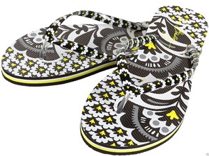 Vera Bradley black & white Sandals