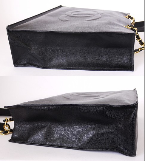 98e2e9c3d0c6 Chanel Vintage Classic Jumbo Overnighter Weekender Xl Shoulder Tote in Black  Image 4