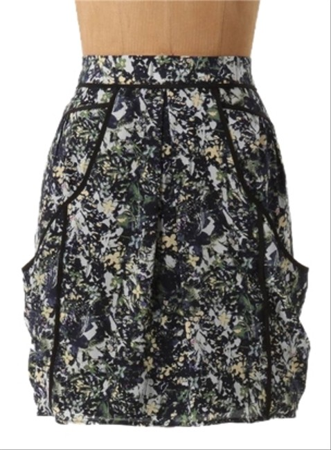 Preload https://item2.tradesy.com/images/anthropologie-inked-marble-mini-by-lilu-miniskirt-size-2-xs-26-5282386-0-0.jpg?width=400&height=650