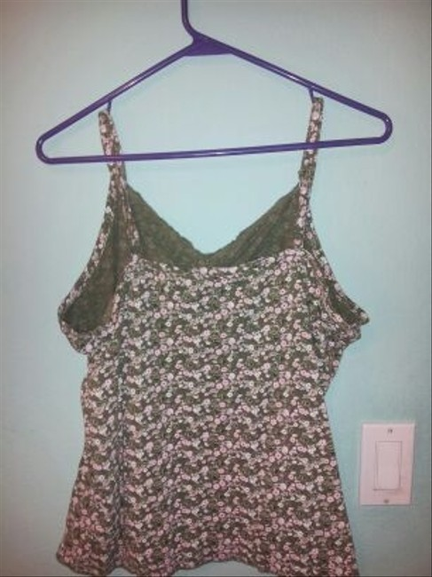 Extra Touch Floral Top Green