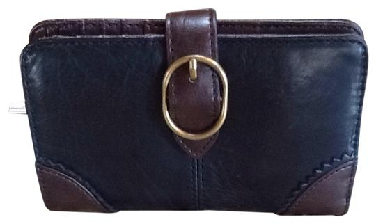 Preload https://item1.tradesy.com/images/clarks-black-leather-wallet-5285950-0-0.jpg?width=440&height=440