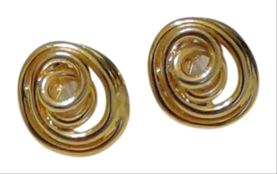 Preload https://item5.tradesy.com/images/other-beautiful-vintage-1970-clip-on-earrings-5286604-0-2.jpg?width=440&height=440