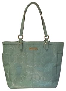 Coach Tote in Mint