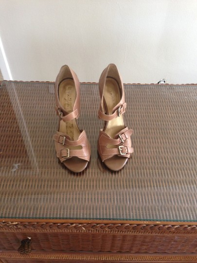 Tahari Mocha Brown Sandals