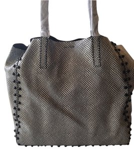 MILLY Tote in BLACK AND WHITE