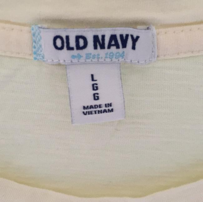 Old Navy T Shirt Cream
