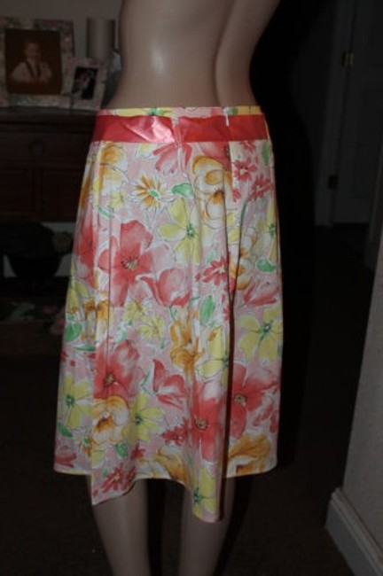 Maurices Skirt yellows corals and greens peaches