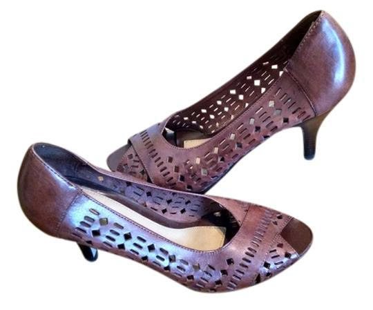 Nicole Leather brown Pumps