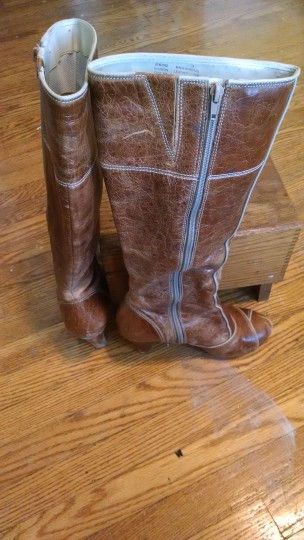 Dr. Scholl's Leather Comfy brown Boots